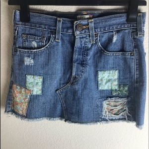 Levi's Jean mini skirt with patches.